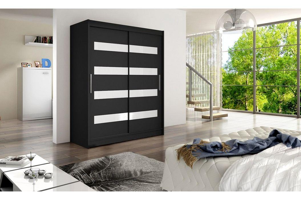 Skříň s posuvnými dveřmi v černé barvě v kombinaci s bílými pruhy F1113