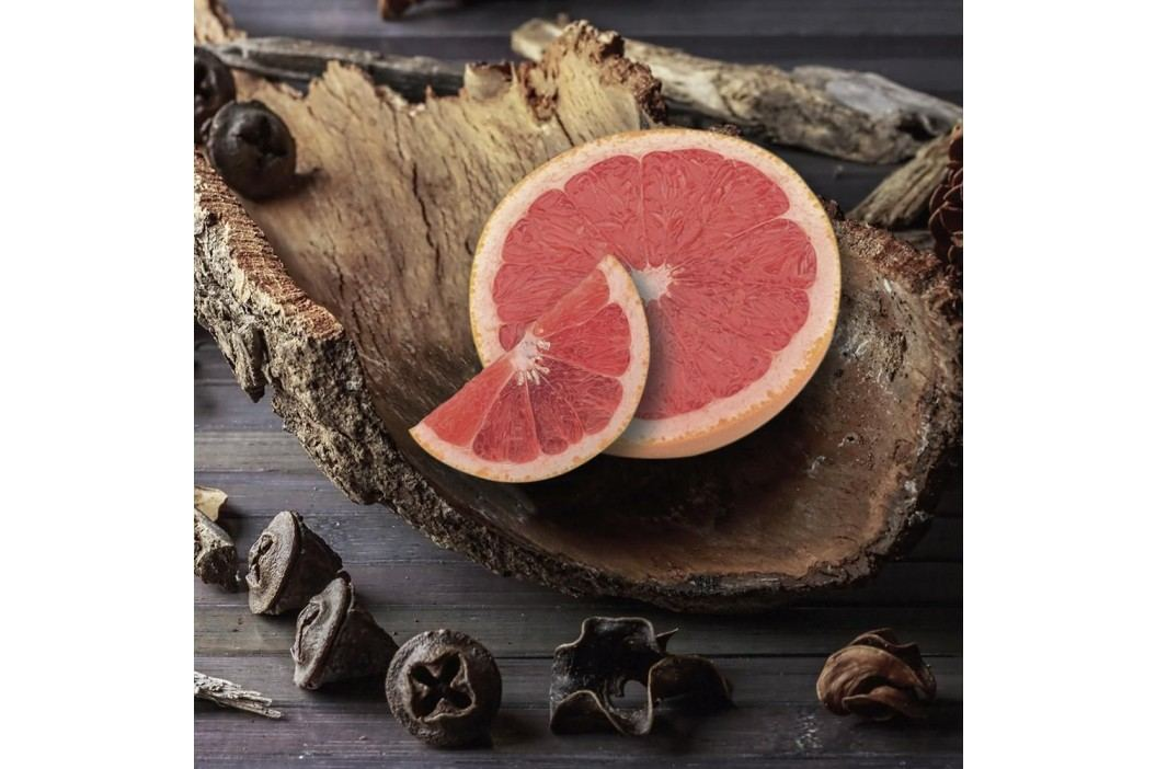 VILLAGE CANDLE Svíčka ve skle Grapefruit & Ebony Bark - střední, hnědá barva, sklo, vosk