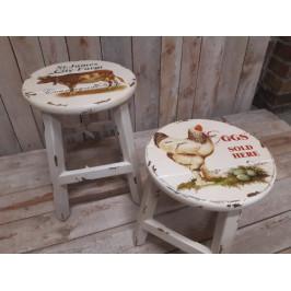 Dřevěná stolička na venkov - IDN