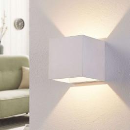 Bílé nástěnné LED světlo Esma ve tvaru krychle