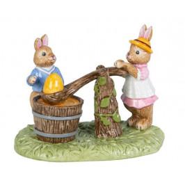 Villeroy & Boch Bunny Tales velikonoční dekorace, zajíčci barví kraslice