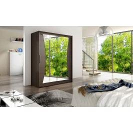 Skříň s posuvnými dveřmi v tmavě hnědé barvě se zaříznutými zrcadly do oblouku F1113