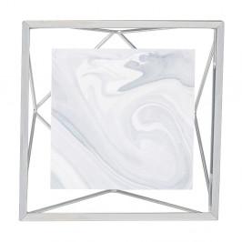 Rám ve stříbrné barvě na fotografii o rozměru 10 x 10 cm Umbra Prisma