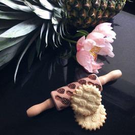 Goody Woody Embosovaný váleček na těsto Pineapples - malý, přírodní barva, dřevo