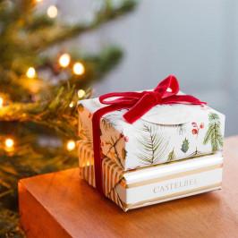 CASTELBEL Dárková sada vánočních mýdel Vanilla & Bergamot, červená barva, béžová barva, papír