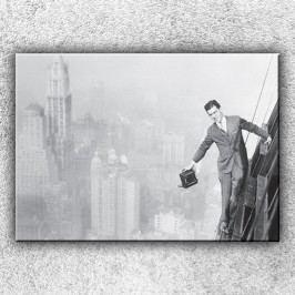 Muž na mrakodrapu (70 x 50 cm) -  Jednodílný obraz